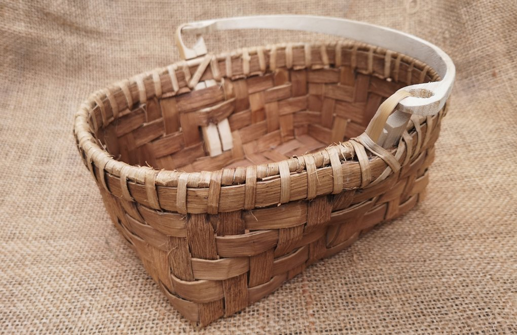 Image of a Bark basket linking to the course page